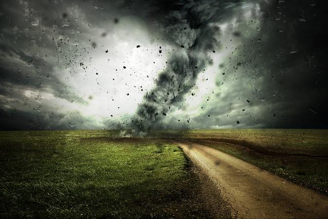 突発的な事故や災害に遭う