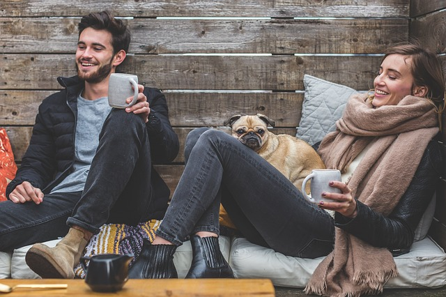 夫婦やパートナーの間だけで楽しむのはオススメ