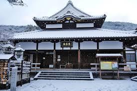 清水寺の菩薩様の「胎内めぐり」(京都)